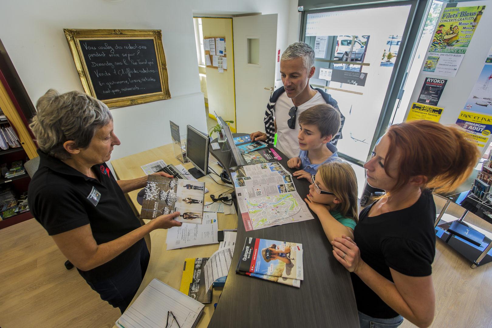 crtb ac9880 DERENNES Yannick - Nos Offices de Tourisme